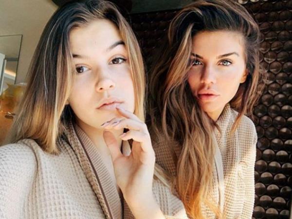 Анна Седакова и её дочь Алина